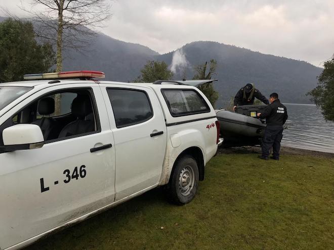 Intendenta (s) María José Gatica confirmó apoyo de personal Conaf y de la Armada de Chile a la búsqueda de joven desaparecido en Liquiñe