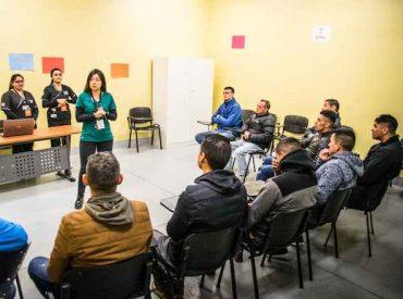 Internos del Centro Penitenciario de Concepción reciben capacitación de la UST