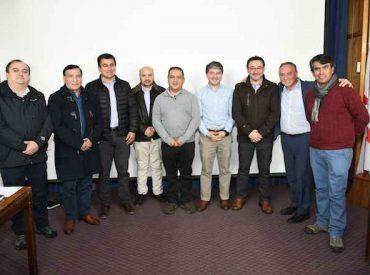 Alcaldes ratifican a Omar Sabat como presidente de la asociación de municipios