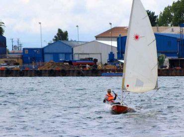 UACh organiza curso para aprender a navegar a vela-agosto 2019