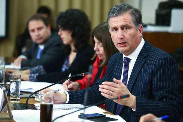 Comisión de Agricultura alerta ante posible importación de ganado en pie desde Argentina: citarán al ministro de Agricultura y al director del SAG