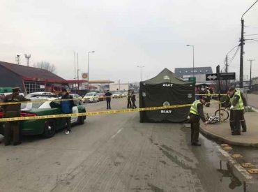 Camión maderero embiste a joven ciclista con resultado de muerte en Valdivia