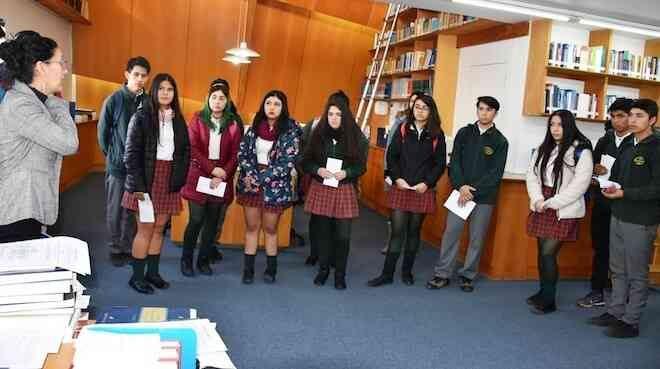 Estudiantes de Lanco escuchan alegatos en la Corte de Apelaciones de Valdivia