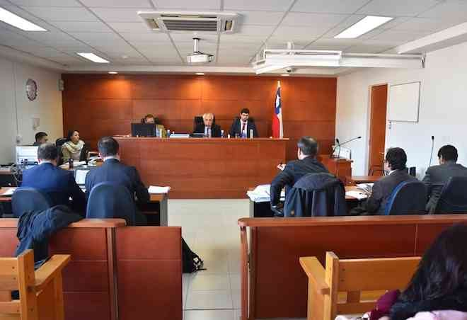 TOP de Puerto Montt dicta veredicto condenatorio contra exfuncionarios de fiscalía de Puerto Varas por cohecho y obstrucción a la investigación