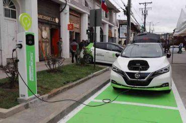 En Puerto Varas se inauguró punto de carga de automóviles eléctricos