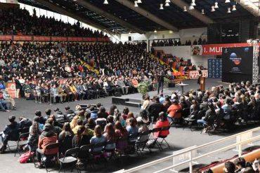 3 mil 500 personas escucharon a José Maza en el inicio de la Feria del Libro USS