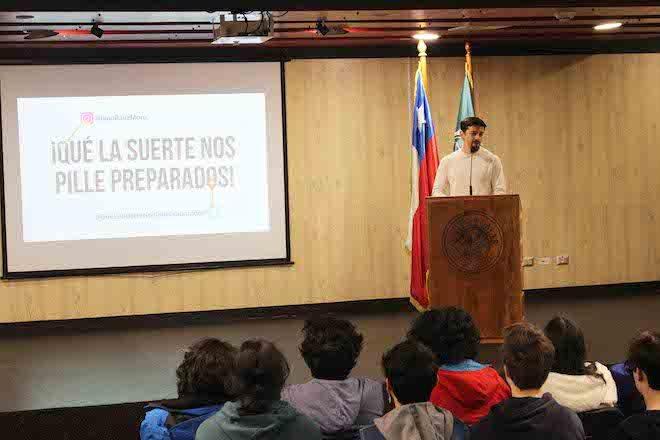 Herramientas para potenciar emprendimientos abordó charla realizada en Santo Tomás Valdivia