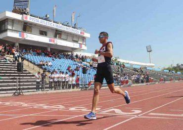 Brayan Jara ganó oro en los 3 mil metros: deportista angelino destaca en Final Nacional de Juegos Deportivos Escolares
