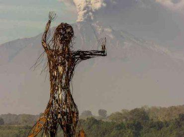 Juzgado rechaza demanda de artista contra municipio puertovarino por escultura Licarayén