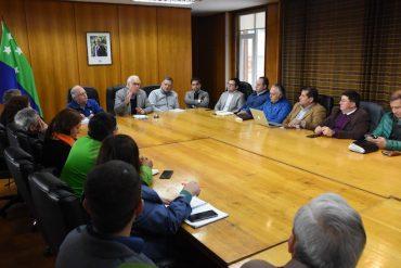 """Intendente se reúne con concejales de la Provincia de Llanquihue: """"Sigue habiendo grupos sociales postergados"""""""