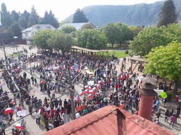 """Alcalde de Aysén se refiere a movilizaciones en la zona: """"Las puertas de este municipio están abiertas al diálogo y consultas ciudadanas"""""""