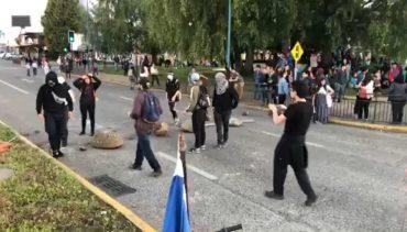 Colegio de Periodistas de Los Ríos condena represión a prensa local llamando a Carabineros a respetar acuerdos