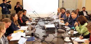 Alcaldes y concejales se reunieron en Osorno para analizar crisis social que vive el país