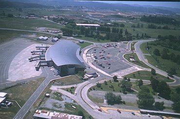 Programa buscar potenciar aeropuerto Carriel Sur como base de exportaciones