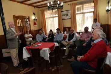 USS Valdivia realizó charla a empresarios agrícolas sobre proceso constitucional