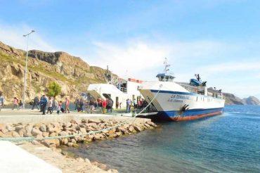 Anuncian aumento de viajes de barcaza La Tehuelche durante temporada alta en Aysén