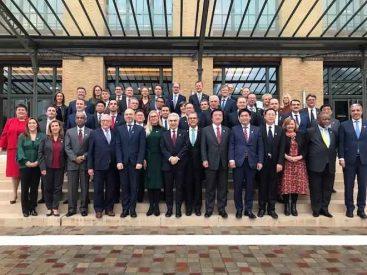 En reunión anual de ministros de Energía del mundo, Juan Carlos Jobet destacó el plan de salida de centrales a carbón de la matriz energética de nuestro país