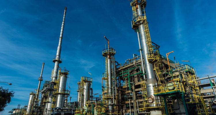 Federación de Sindicatos del Petróleo cuestionan administración de ENAP en Cámara de Diputados