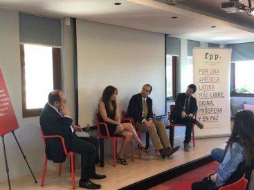 Expertos abordan en Concepción interrogantes del actual proceso constituyente