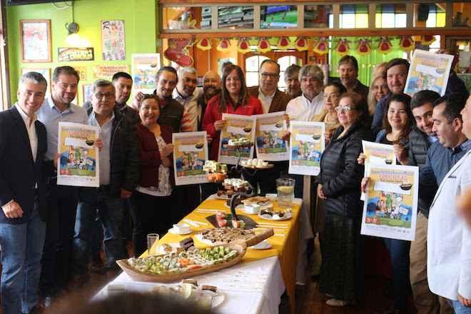 Gastronómicos de Puerto Montt inician campaña para recuperar confianza de comunidad y reactivar turismo y economía