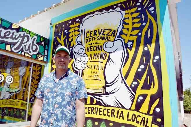 Cervecería de Los Lagos inauguró laboratorio y presentó cerveza con levadura nativa de Los Ríos