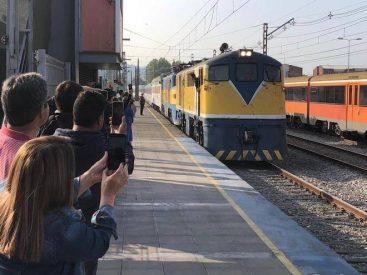 Con más de 390 pasajeros se reanudó el tren nocturno Santiago-Concepción