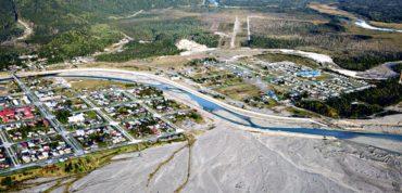 Autoridades comprometen fechas y supervisión periódica de proyectos de servicios públicos en Chaitén