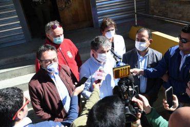 Alcaldes de Los Ríos entregan oficio exigiendo cuarentena y controles sanitarios estrictos en comunas