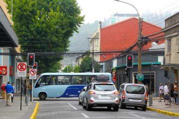Inician habilitación de semáforos en el centro de Concepción