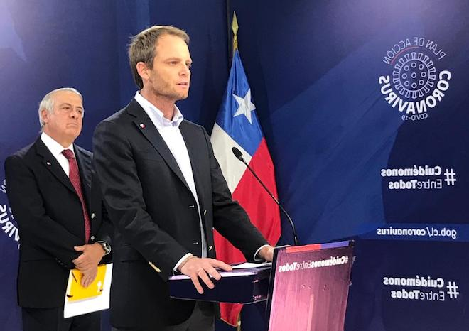 Ministerio de Salud anuncia nuevas medidas para Puerto Williams y la isla de Chiloé por COVID-19