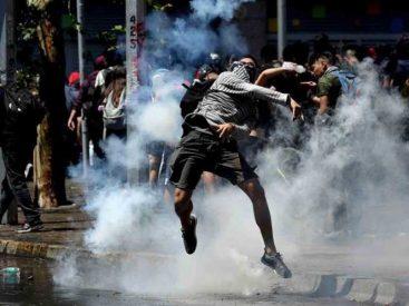 Policía chilena entrega información sobre funcionarios de civil que prestaron servicios durante el estallido social