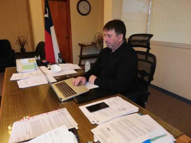 Alcalde de Aysén y Concejo Municipal exigen a ministro Mañalich cierre total de la región para prevenir coronavirus