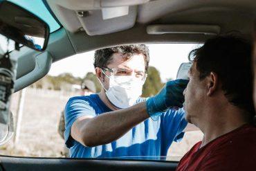 Río Bueno implementa controles sanitarios preventivos en el principal acceso a la comuna