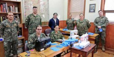 Municipio de Valdivia y Ejército trabajan en confección de mascarillas para funcionarios de salud