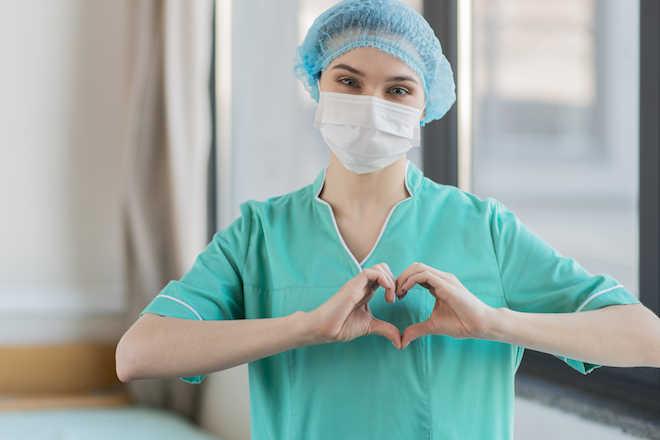 Día Internacional de la Enfermería: 200 años cuidando, hoy seguir transformando