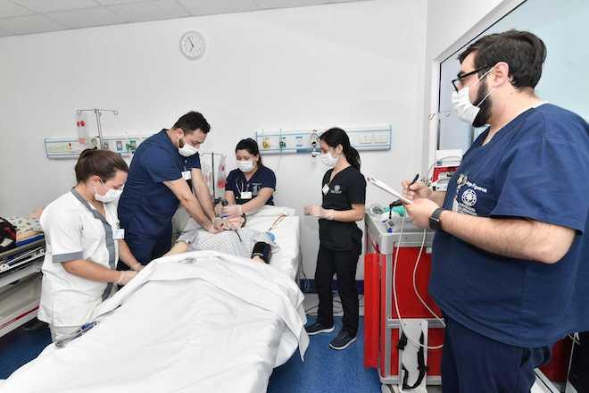 Enfermeros USS Valdivia relatan experiencias frente a la Pandemia