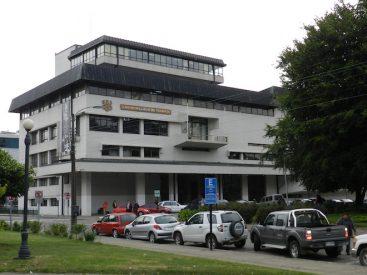 Denuncian eventuales irregularidades del municipio de Valdivia en la distribución de cajas sociales