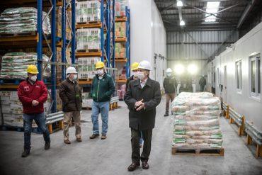 Ganaderos contribuyen con mil pollos a canastas familiares de la Región de Magallanes