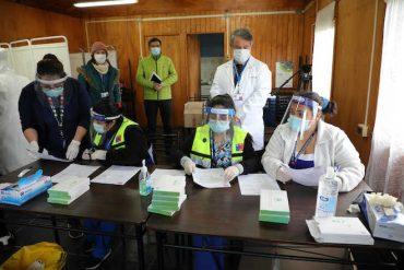 SS Concepción y Seremi de Salud realizaron testeos de PCR a vecinos de campamentos de Lota