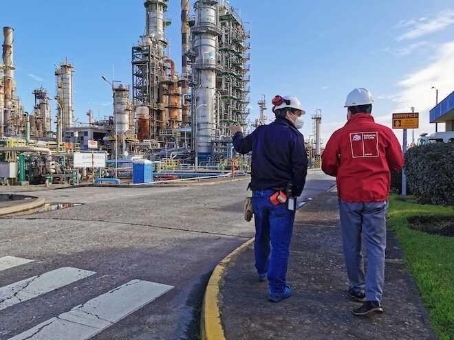 Seremi de Energía visita refinería de Enap para verificar proceso de mantención de la planta