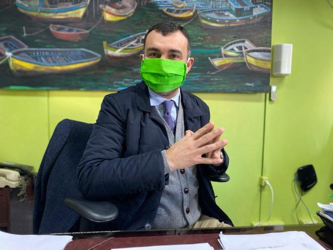 """Castro apuesta por la educación virtual: no se volverá a clases presenciales """"a pesar de las presiones del Mineduc"""""""