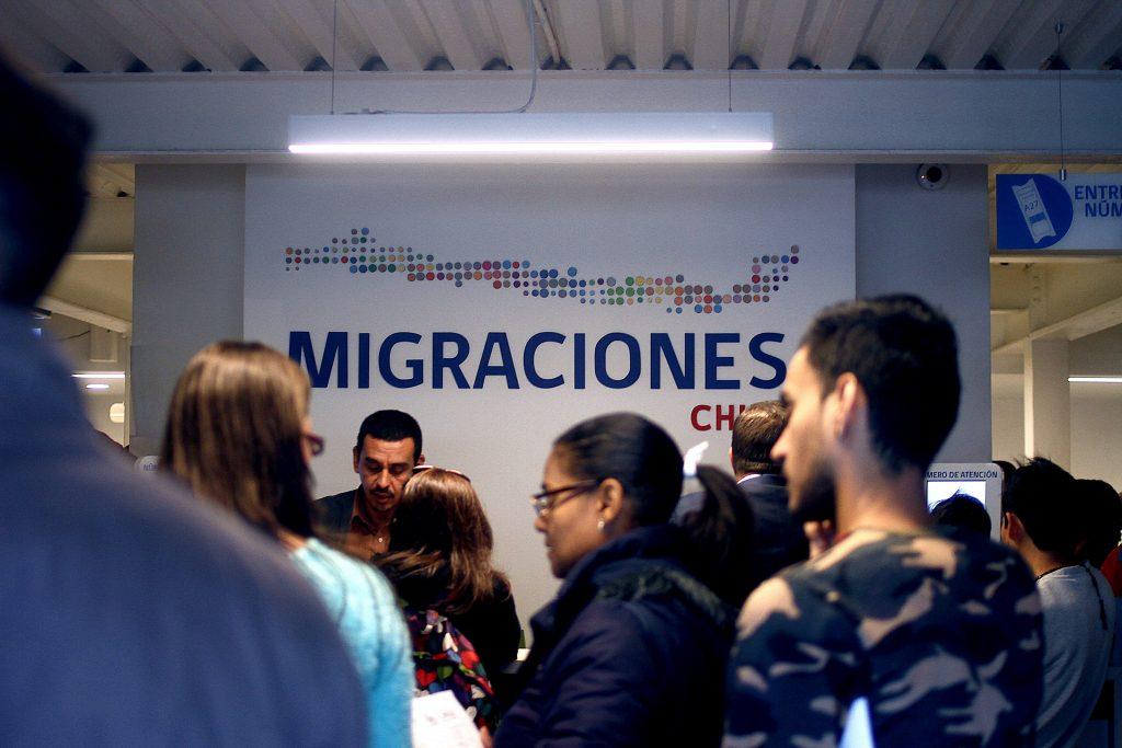 """Diputado Berger sobre ley de Migraciones en Chile: """"Debe ser cuidadosa en el sentido de no poner en situación de inferioridad a nuestros ciudadanos"""""""