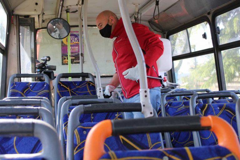 En Temuco sanitizan buses que por el plebiscito realizan recorridos gratuitos a los sectores rurales