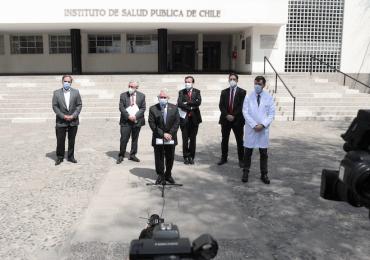 Salud autoriza desarrollo de dos estudios clínicos de vacunas contra el COVID-19 en Chile