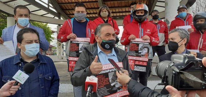 En coma permanece repartidor de delivery de Puerto Montt tras accidente: familia denuncia vulneración laboral