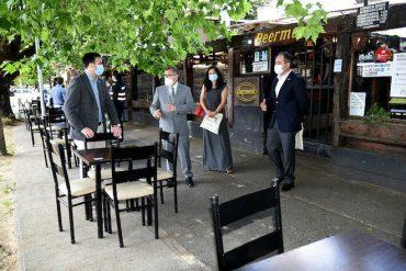Restaurantes de Temuco podrán instalar mesas en veredas y terrazas al aire libre en Fase 2 del plan Paso a Paso