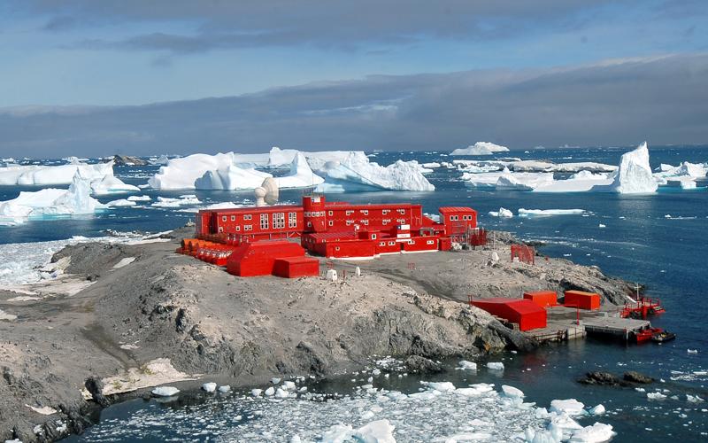 Personal de base O'Higgins desarrolla sus funciones en forma normal tras fuerte sismo registrado en la Antártica