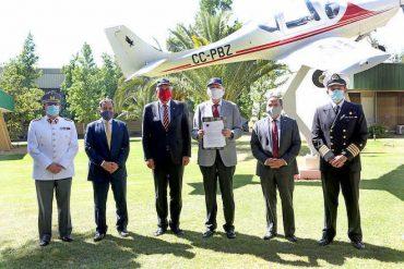 Ministerio de Defensa y ProChile firman convenio para promocionar productos no militares de Famae, Asmar y Enaer en el extranjero