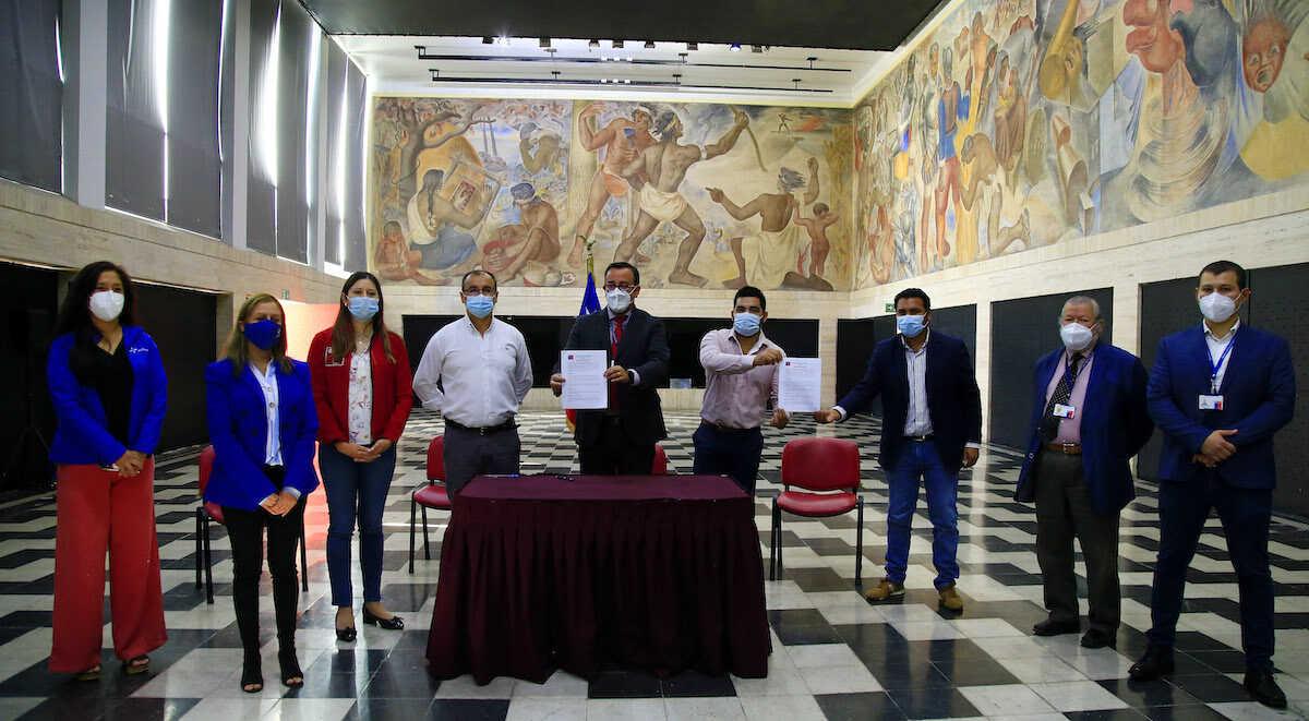 Servicio de Salud Concepción firma convenio con Empresa Biocosta para rebajar tarifa de pasajes a cerca de 3 mil funcionarios de la salud