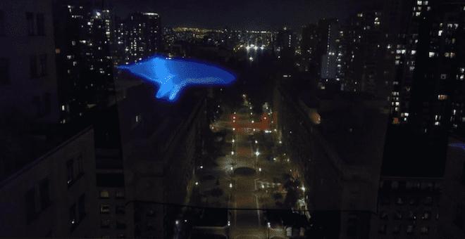 """Con inédita intervención urbana frente al Palacio de La Moneda campaña por un """"Chile sin Plásticos"""" busca llegar a las 100 mil firmas"""
